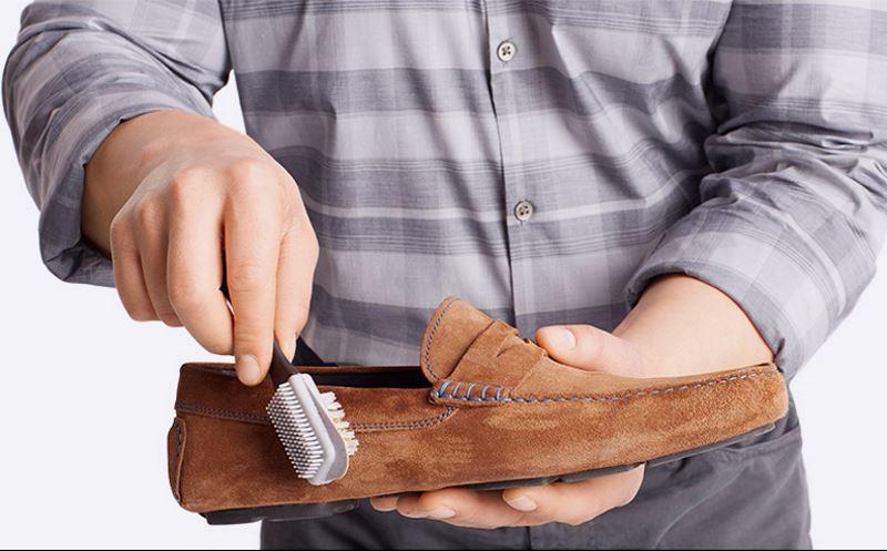 Как почистить кроссовки с сеточкой 🥝 как чистить замшу на кроссовках в домашних условиях