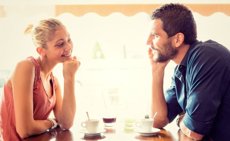 Как узнать любит ли тебя парень если вы не общаетесь