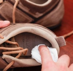 How to prevent shoe staining