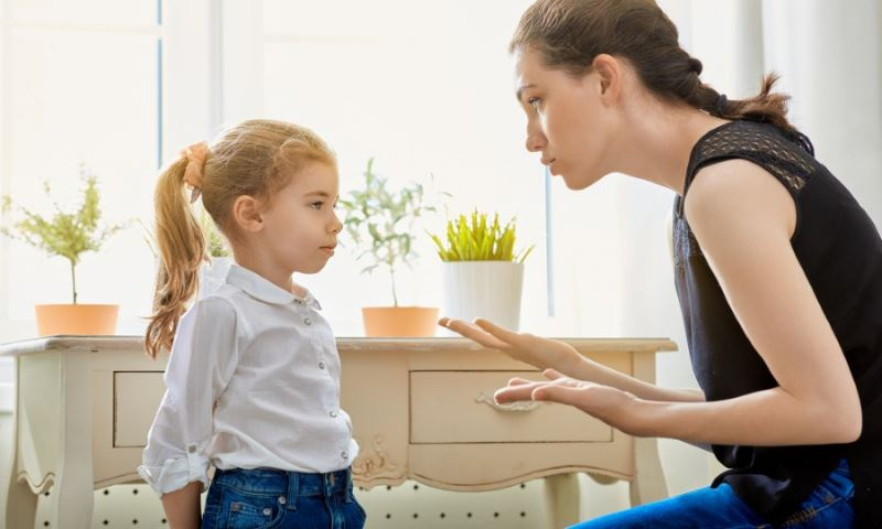 14 phrases that can never be spoken to a child