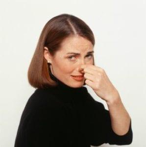 Как избавиться от запаха резины: 4 способа, почему резина пахнет