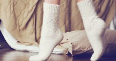 Как отбелить белые носки