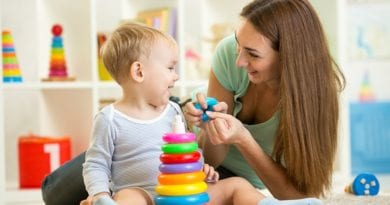 Как научит ребенка различать цвета