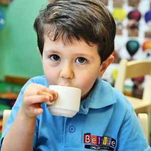 Когда можно давать детям кофе