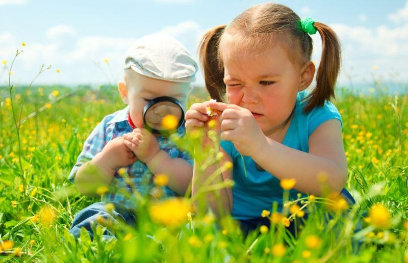 первая помощь ребёнку при нападении насекомых