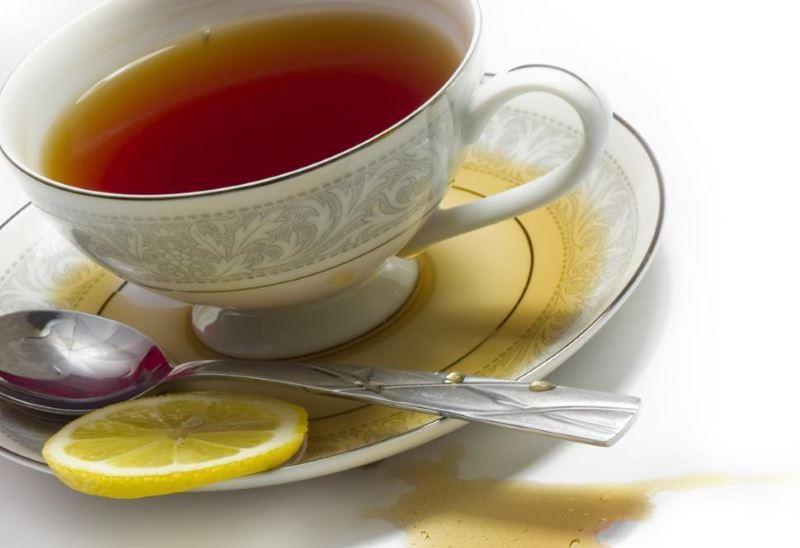 Что поможет вывести пятно от чая
