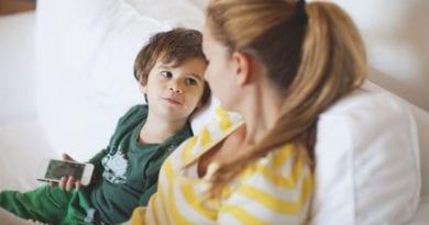 Фразы, которые ни в коем случае нельзя говорить ребёнку