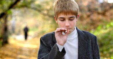 Как отучить ребенка грызть ногти: 10 советов психолога и 2 народных средства