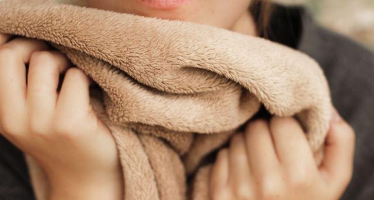 Постарать плед: флисовый, шерстяной, синтетический, способы стирки, сушка
