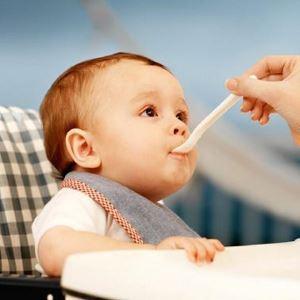 Прикармливание ребёнка в 9 месяцев
