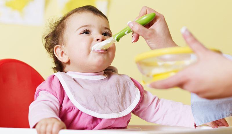 Какие продукты можно давать ребёнку до года