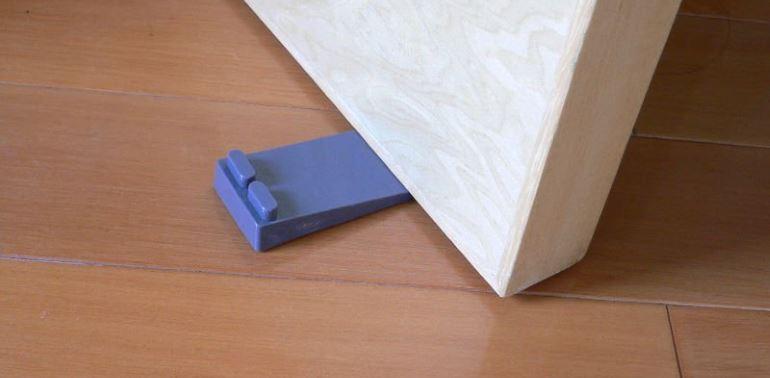 Блокирующие устройства для межкомнатных дверей