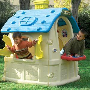 Plastic house for children