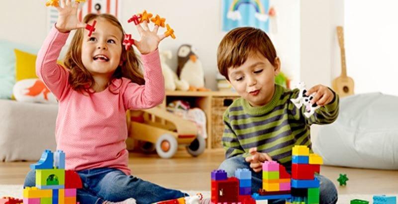 Игрушки на все времена: лучшие варианты для девочек и мальчиков