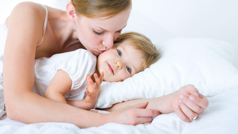 Как уложить правильно ребенка спать