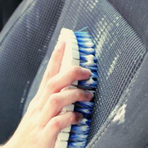 Как почистить салон в машине