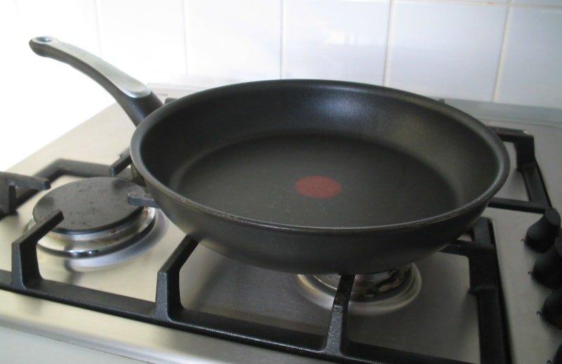 Способы очистки чугунной сковороды