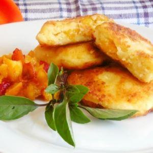 Сырники с сушёными абрикосами
