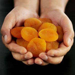 Чем полезны сушёные абрикосы