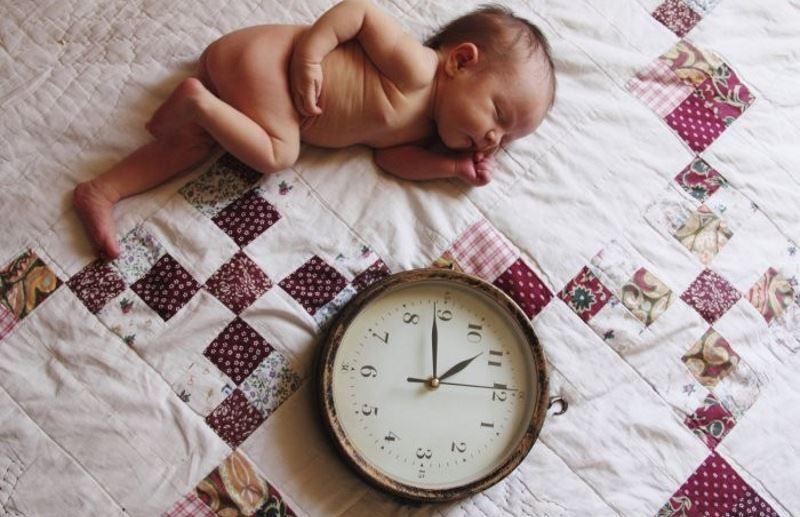 Плюсы и минусы вскармливания по часам