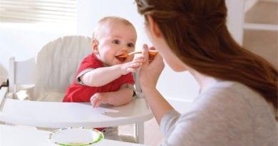 Со скольки месяцев дают ребёнку мясо?