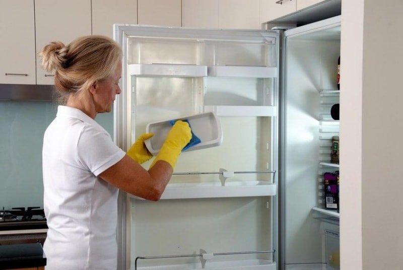 Как освежить холодильник