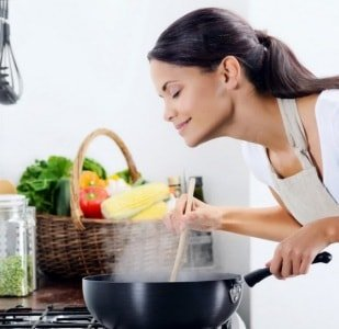 Причины плохого запаха на кухне