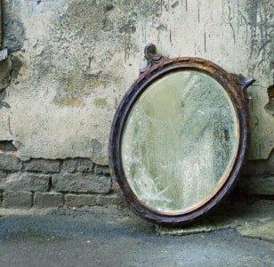 Избавляемся от старого зеркала