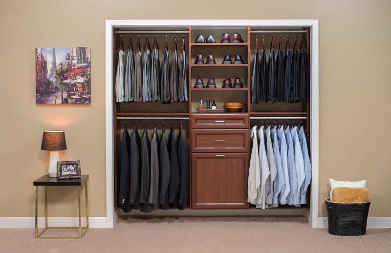 Освежить шкаф с одеждой