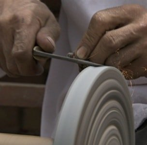 Sharpening with a grinding stone