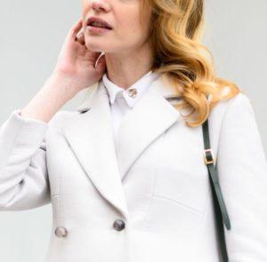 Как почистить пальто белого или светлого оттенка дома самостоятельно