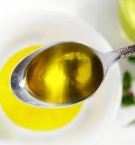 С применением растительного масла