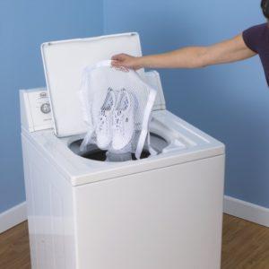 Как очистить белую подошву на кедах и кроссовках щадящими методами