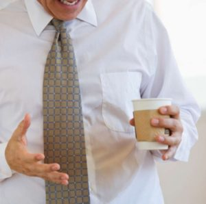 Что делать, если кофе уже пролит на одежду
