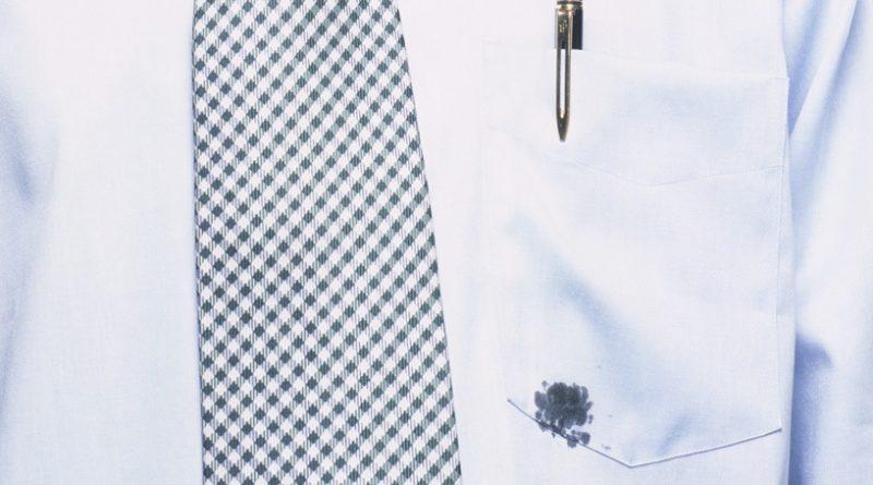 Следы от шариковой ручки на одежде
