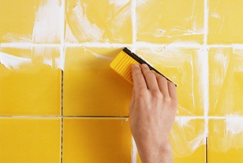 Как отмыть грязь между плиткой на полу