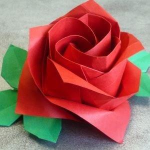 Изготовление розы из оригами