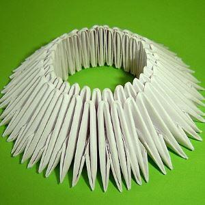 Модульный оригами лебедь