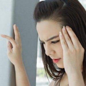 Кружится голова при болезнях головного мозга