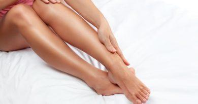 Почему появляются красные пятна на ногах и как их устранить