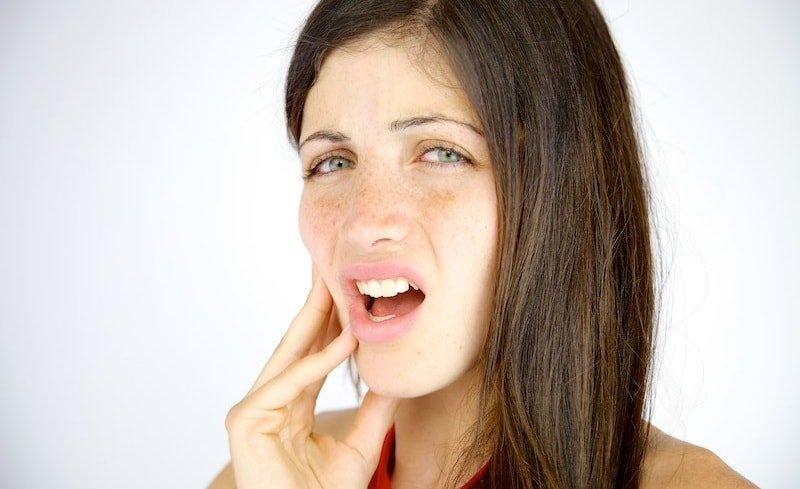 Медицинские причины пылающих щек