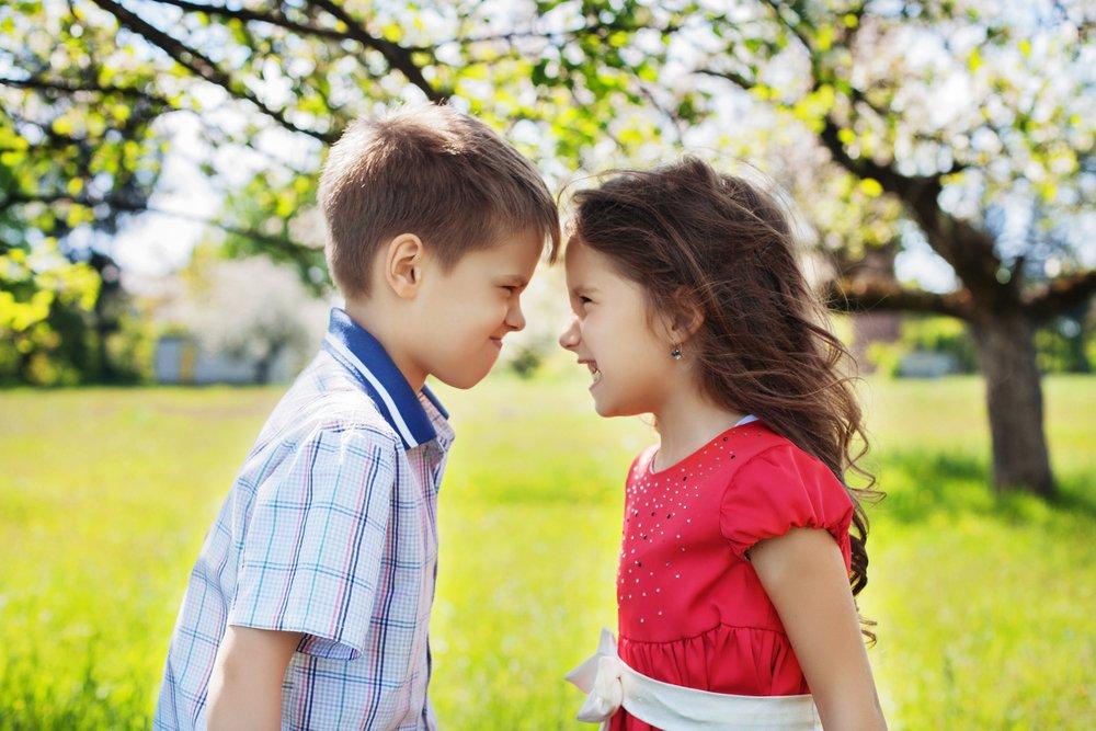 Как можно поздравить родного человека с днём рождения?