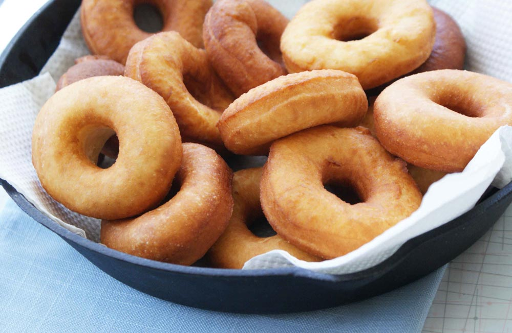 How to cook donuts at home?