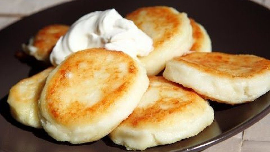 Как готовить сырники?
