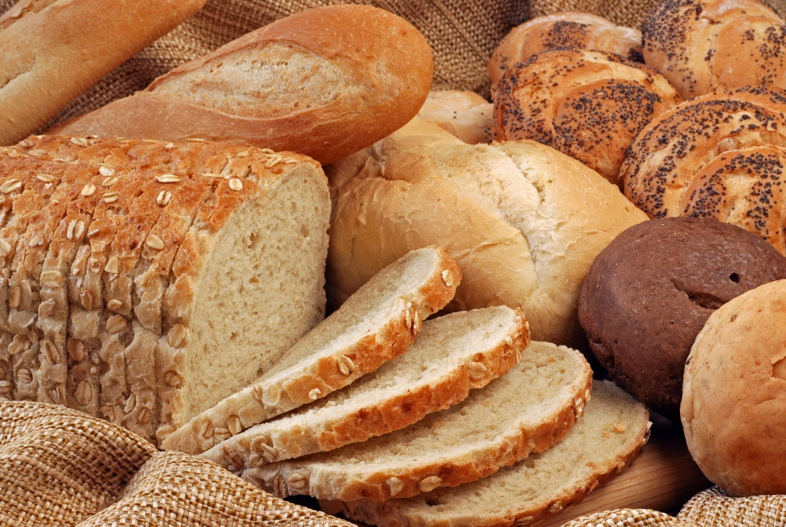 Приснился хлеб что может означать, расшифровка по сонникам