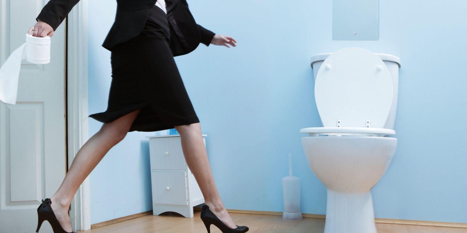 Как помочь женщине при недержании мочи