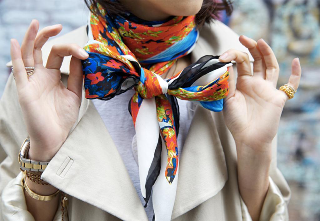 Как повязать маленький платок: основные способы