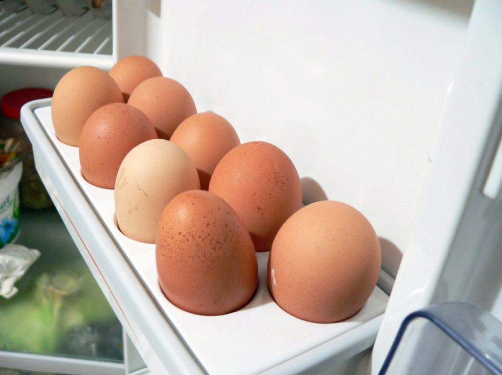 Где и как нужно хранить яйца?