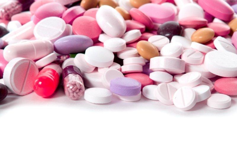 Медикаментозное лечение трещин