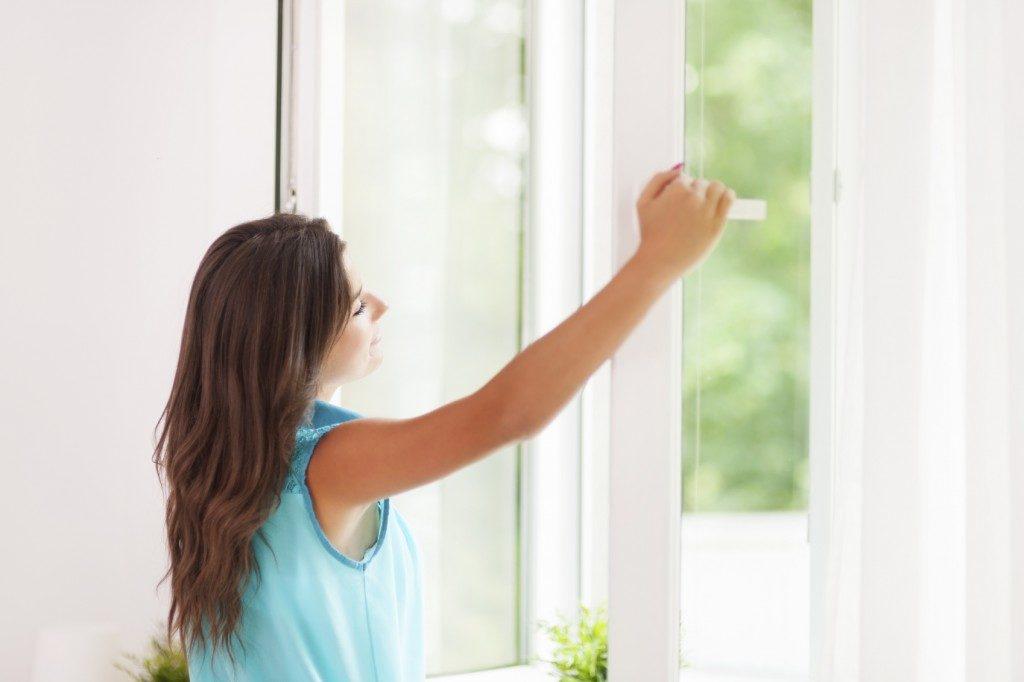 Зачем необходимо увлажнять воздух в помещении?